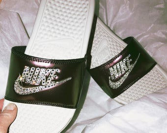 Womens Nike Benassi JDI Slides in White/Fireberry with hand placed  Swarovski crystal details