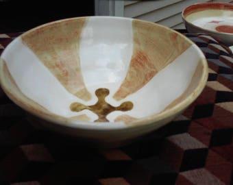 brown accent bowl, medium size