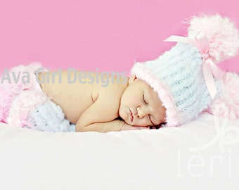 Knitted baby legwarmer and hat set in white and pink or white and lavender purple