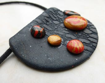 Ethnic necklace red embossed black gold