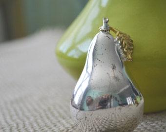 Pear Brooch, Vintage Silver Brooch, Pear Brooch, Silver Pear Brooch, Pear Pin, 1960s Brooch, Vintage Brooch
