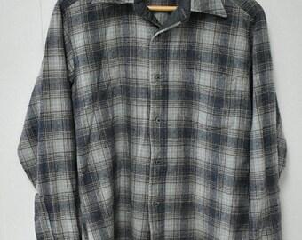 MEMORIAL DAY SALE vintage wool plaid Pendelton shirt M