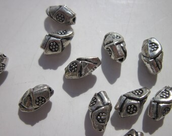5 oval beads patterned oval silver - 10 x 5 mm - (113)-