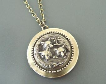 Vintage Necklace - Locket Necklace - Fox Necklace - Brass Necklace - Chloes Vintage Jewelry - Fox Jewelry - Woodland Jewelry - handmade