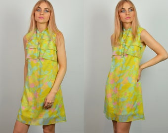 Vintage 60s Pastel Yellow & Pink Floral Pattern Mini Dress