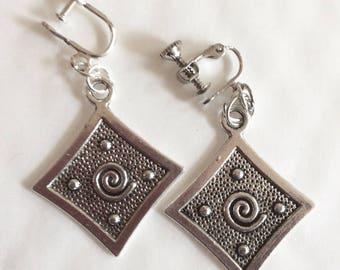 Square swirl silver tone handmade screw fitting earrings for non pierced ears