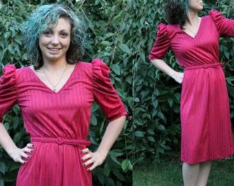 Vintage 70s DISCO Merlot PUFF Gathered Shoulder / Sleeve Shiny Vertical Pinstripe V-Neck Belted Cocktail Dress - S / M Sm Med