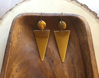 gold triangle and hammered circle earrings | gold geometric earrings | triangle earrings | geometric earrings | long triangle earrings
