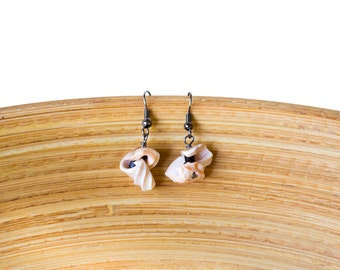 Curled shell earrings, shell pieces earrings, seashell jewelery, seashell ocean jewelery, beach jewelery