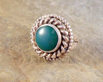 Navajo Inspired Sterling Silver Ring With Green Stone Size 4 Southwestern Jewelry Gift for Her