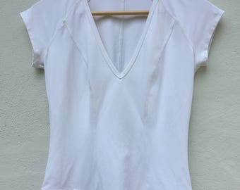 Gucci V Neck for women Medium Size