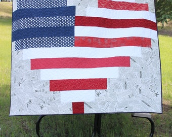 American Flag Heart Quilt, Picnic blanket, Fourth of July Quilt, Independence Day Quilt, Patriotic Quilt, Lap Quilt, Red, White and Blue