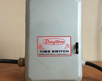 Dayton Electric Manufacturing Company Time Switch. Chicago, IL