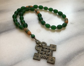 Anglican Rosary Prayer Beads  Episcopal Rosary Emerald Green African Trade Beads  Product id ROSGTB117