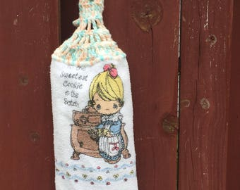 Precious Moments Cotton Dish Towel / Vintage Hanging Kitchen Towel