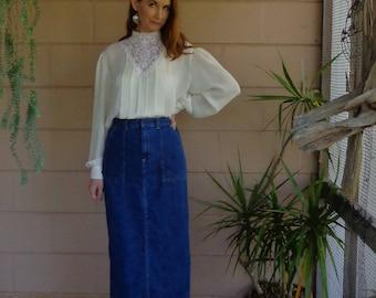 Vintage Jean Skirt / High Waisted Midi Denim Skirt / Pockets / Small