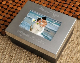 Personalized Couples Keepsake Box - Wedding Day Gift - Gifts for Newlyweds - Anniversary Gift - His & Hers Memory Box - Couples Gift - GC780