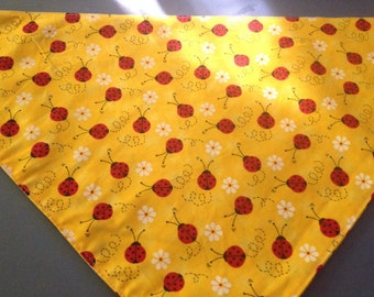 Doggy bandana: yellow with lady bugs