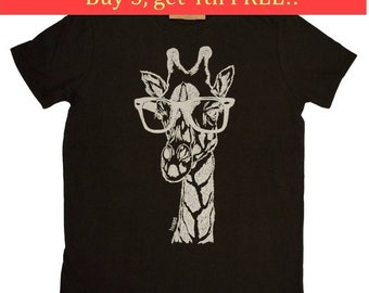 T Shirts for Men - Hipster Giraffe Tee - Funny Tshirts - Nerdy TShirts for Men - Graphical Geek Tees - Giraffe Tee Shirt - Men Funny Tees