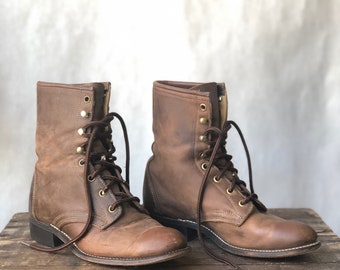 8 | Women's Vintage Laredo Western Lace Up Roper Boots with Removable Kilties