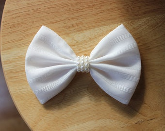 "4.5"" white striped hair bow, white hair bow, white hairbow with pearls, fabric hair bow hair clip, wedding hair bow, adult women hair bow"
