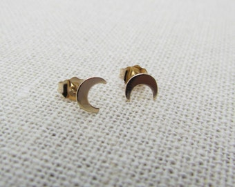 14KT Tiny Crescent Moon Stud Earrings- 14KT SOLID Yellow Gold Moon Stud Earrings