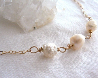 White pearls gold necklace- Freshwater pearls necklace -Wedding gold filled pearls necklace- Women pearls gift - Occasion pearls jewelry
