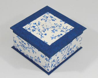 Floral pattern - blue box - empty jewelry box blue pockets