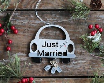 Just Married Ornament, Custom Wedding Ornament, Personalized Ornament, Married Car Ornament, Wedding Ornament, Bridal Shower Gift