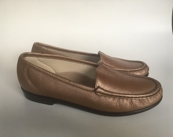 """Women's SAS San Antinio Shoes """"Simplify""""Bronze Loafer Size 8M Flats Driving Moccasins Casual New without box."""