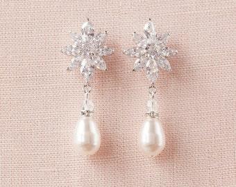 Pearl Bridal Earrings, Rose Gold Crystal Wedding Jewelry, Vintage style drop earrings, Swarovski,  London Small Pearl Drop Earrings