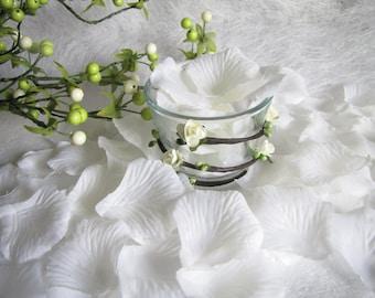Wedding Petals, Flower Girl Petals, Basket Petals, Silk Rose Petals, White Petals, Wedding Decor, Table Decr, Flower Girl