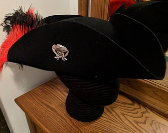 Laced Tricorn with Pirate Skull and Crossbones Brooch - Felt Hat - Revolutionary