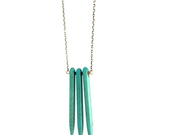 Turquoise Howlite 3 Stone Spike Necklace