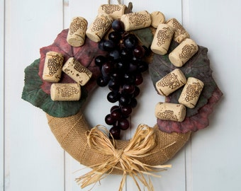 Italian gift for wine lover, wine bar and restaurant's new opening gift, grape and cork decor,  Holiday cork decor, grape harvest decoration