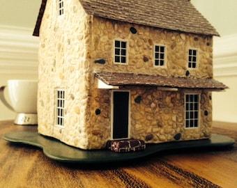 Miniature stone house O scale & 1/4 scale-CIRCA 1660 Colonial America/model railroad/miniature collectible/tabletop display