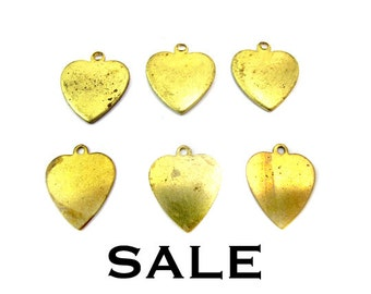 Tarnished Brass Engraving Heart Charms (12X) (V194) SALE - 25% off