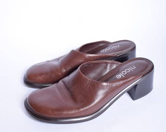Vintage 90's Brown Slipper Sandal Mules /  Chunky Heel Clogs / Real Leather Brown Mules / Genuine Leather Chunky Heel Mules