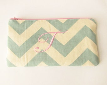 Monogram Make up Bag - T pouch - Ready to Ship - Bridesmaid Makeup bag - Cosmetic bag - Make up Clutch - Monogrammed Gift - Medium