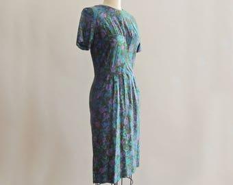 1950's Watercolor Floral Wiggle Dress // Cotton Floral Wiggle Dress // Pin Up Dress // Rockabilly Dress // Size Medium