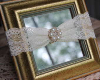 Off White Ivory Stretch Lace and Pearls Headband, Newborn Baby to First Birthday, Photo Prop, Baby Gift, Infant, Ecru, Cream