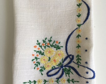 Vintage Hand Embroidered Guest Towel