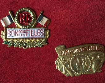 2 antique french WW1 badge, good for the girls