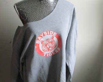 Bayside Tigers Kelly Kapowski Saved By The Bell Off The Shoulder Sweatshirt