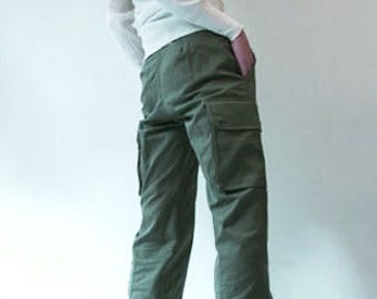 Vintage 1980s Women's French army khaki trousers pants military olive cargo combat