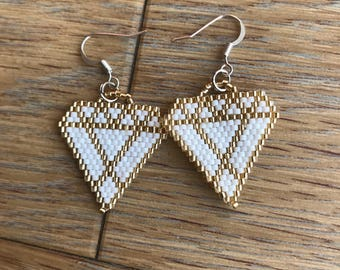 Earrings white and Golden diamond shapes