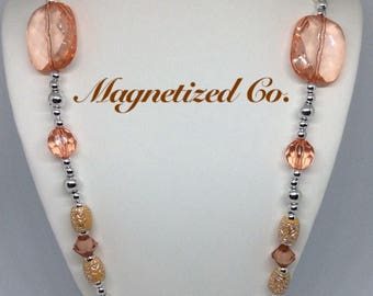 Gingerly Peach Necklace