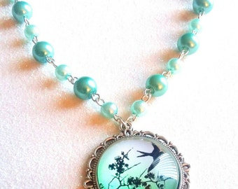 VINTAGE SPARROW-Teal Pearl Silver Round Metal 25 mm Pendant Necklace