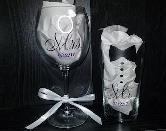 Wedding Mr. & Mrs. Set