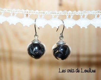 Globe black ribbon earrings